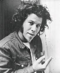 Tom Waits All The World Is Green