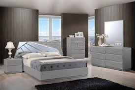 White Bedroom Collections Barcelona Bedroom Set In Grey By Global