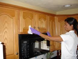 Remove Kitchen Cabinets by How To Clean Grease From Kitchen Cabinets Kenangorgun Com