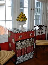 Hand Painted Furniture by Funky Hand Painted Furniture In A Traditional Home Becolorful