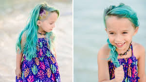 Hair Color To Look Younger Mom Defends Letting Her 6 Year Old Daughter Dye Her Hair Unicorn