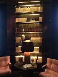 oitempo bookshelves 768x1024 jpg