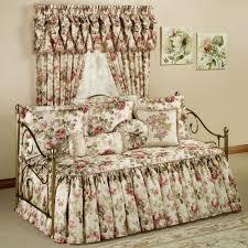 Cute Daybeds Bed U0026 Bedding Adorable Design Of Daybed Comforter Sets For Comfy
