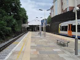 Watford High Street railway station