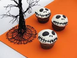 35 halloween cakes cookies and cupcakes to try and make on your own