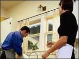 BBCBrasil.com | Reporter BBC | Homens que dividem tarefas ...