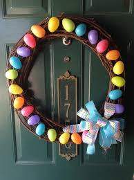 diy easter decorations 17 ideas how to make a cute easter door