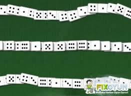 Domino Ta�lar�n� Diz Oyunu Oyna