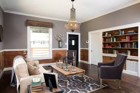 Fixer Upper Living Room Wall Decor 5 Trends We Can U0027t Wait To Say Goodbye To In 2017 Hgtv U0027s