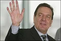 Schröder defende no Parlamento solução pacífica no Iraque   BBC ...