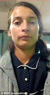 Abducted: Helen Gavaghan, right, took Pearl to Canada and Mexico without telling the girl's father Henry Da Massa in December 2008 - article-2042559-0E1BD66600000578-952_224x423