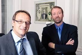 Von alten Zeiten weit entfernt und sehr modern sind aber die beiden engagierten Rechtsanwälte Mag. Alain Danner und Mag. Thomas Reisch. - Danner-und-Reisch-opening