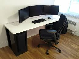 Computer Desks Black by Best 10 Computer Desk For Gaming Ideas On Pinterest Small