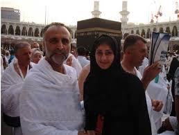 حبيب غلوم: هيفاء حسين تذكرني بالصلاة.. وزواجنا جعلني أكثر تدينا.. Images?q=tbn:ANd9GcRVfmIJPKMGr8MXDf_UKd-bHnAhdbNDkx-5ireOHec1fG1v88f0