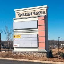 multi tenant pylon u0026 shopping center signs forman signs