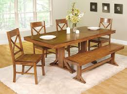 Country Style Dining Room 6 Pieces Country Style Dining Room Design With Flower Centerpieces