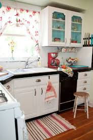 Painting Kitchen Cabinets Two Different Colors Best 10 Paint Inside Cabinets Ideas On Pinterest Inside