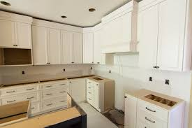 Installing Kitchen Cabinets Diy by Installing Kitchen Cabinets With The Launch Of Existing Kitchen