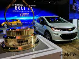 nissan leaf vs chevy bolt chevrolet bolt ev ford focus electric and nissan leaf with lowest