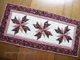 Quilted Table Runners by Floral Quilted Table Runner Jasey U0027s Crazy Daisy