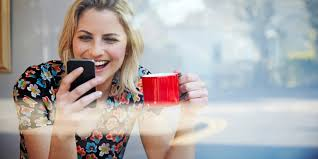Online Dating Site Zoosk Reveals The Best Opening Lines For     Online Dating Site Zoosk Reveals The Best Opening Lines For Getting A Response   AskMen
