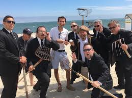 cape cod quahog predicts 77 days of sunny beach weather