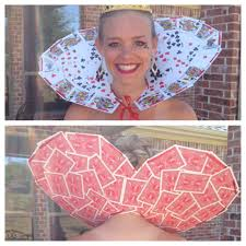 queen of heart collar i made out of a deck of cards tada