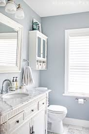 Black And White Small Bathroom Ideas 25 Decor Ideas That Make Small Bathrooms Feel Bigger Makeup