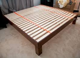 Plans To Build A Platform Bed With Storage by Best 25 King Size Platform Bed Ideas On Pinterest Queen