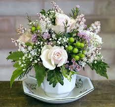Table Flower Arrangements Best 25 Flower Arrangements Simple Ideas On Pinterest Table