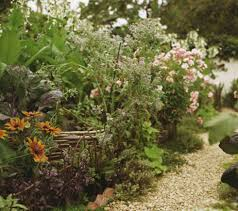 garden rockery ideas 5 cheap garden ideas best gardening ideas on a budget