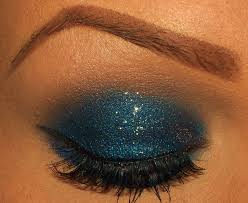 sparkle on holiday party eye shadow picks blue glitter blue