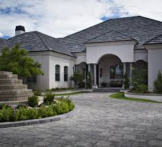 How Many Square Feet Is A 1 Car Garage Pavers Cost Patio Driveway Pavers Cost Guide 2017 Install