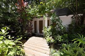 relaxing cottage in coconut grove bungalows for rent in miami