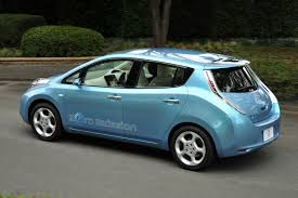 nissan leaf year changes nissan leaf crowned as 2011 european car of the year
