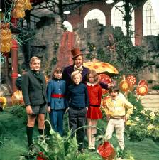 cast of original u0027willy wonka u0027 film to appear on costumes willy