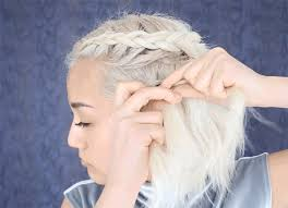 you can totally cop khaleesi braids with shorter hair