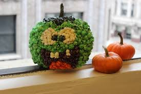 How To Decorate A Pumpkin With Halloween Popcorn The Popcorn
