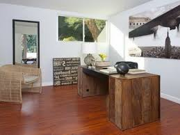 Decorate A Home Office Small Office Decorating Office Decor Ideas For Men With Small