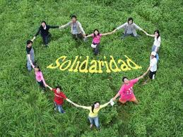 31 de agosto: Día Internacional de la Solidaridad Images?q=tbn:ANd9GcRm2mQU9gm2N1ICi0Z3Tbd_-wLcfuqLebnNd7Cy_7NAMEUfbIJ-bQ