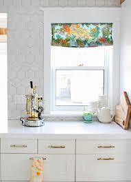 Wall Tiles Kitchen Backsplash by Like The Way The Wall Tile Goes All The Way Up And Around The
