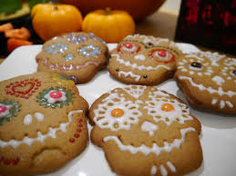 spooktacular halloween ideas gingerbread biscuits mummy makes cakes