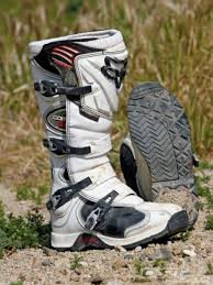 what are the best motocross boots fox comp 5 boots alpinestars tech 3 axo dart boots dirt rider