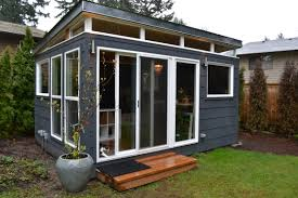 Backyard Office Prefab by The Combs Family Opted For Two Modern Sheds Including This 12 U0027 By