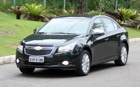 Ao Volante: Chevrolet Cruze LTZ é novato, mas tem pinta de ...