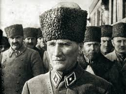 Atatürk'ü Sevmek - Nafiz Yılmaz