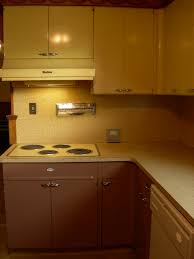 Retro Metal Kitchen Cabinets by 30 Photos Of Vintage Lyon Metal Kitchen Cabinets And Some
