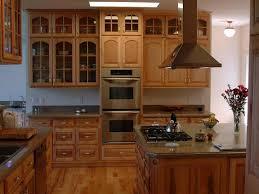 Maple Creek Kitchen Cabinets by Best 25 Maple Kitchen Cabinets Ideas On Pinterest Craftsman In