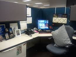 entrancing 80 office desk decorating inspiration of best 20