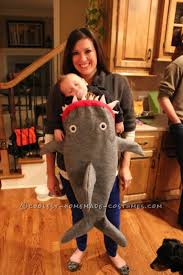 Funny Family Halloween Costumes by 41 Best Halloween Baby Wearing Costumes Images On Pinterest Baby